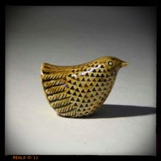 I love all of Stig Lindberg's designs. Swedish ceramics.