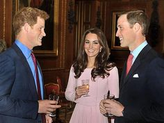 Kate wears a $2000 dress for an event with the Queen! Read more: http://www.people.com/people/package/article/0,,20395222_20596864,00.html