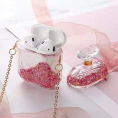 Parfümflasche Quicksand Airpods 1 & 2 Case - want/need - Iphone 5, Coque Iphone, Iphone Phone Cases, Fone Apple, Airpods Apple, Cute Ipod Cases, Cute Headphones, Accessoires Iphone, Aesthetic Phone Case
