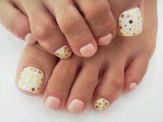 Image via We Heart It https://weheartit.com/entry/50290776 #beautiful #fashion #feet #girl #girly #nail #nails #pedicure #unhas #woman #women #nailart #lethii #footnail