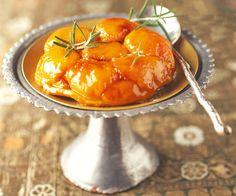 Tatin aux abricots et romarin de Cyril Lignac
