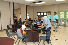 Participantes en el tercer dia de Techno Inventors