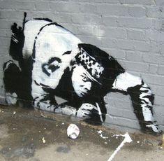 Que font les Ripoux ? pareil que les criminels .. ... ... 30 Pieces of Banksy Street Art   Cuded