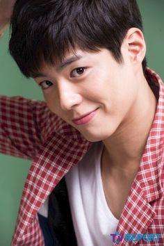 Park Bo Gum Wallpaper, Kyun Sang, Korean Men Hairstyle, Kbs Drama, Fluffy Hair, Celebrity List, Kdrama Actors, Most Beautiful Faces, Drama Korea