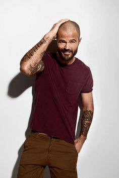 Arie Boomsma has been the personalization of Blackstone for the past . - Fashion For Men Shaved Head With Beard, Bald With Beard, Bald Man, Bald Men With Beards, Beard Fade, Shaved Head Styles, Hot Men, Haircuts For Balding Men, Bald Men Style