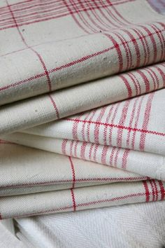 Red and White Linen