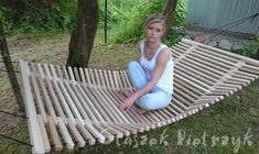 Wooden Hammock, Diy Hammock, Woodworking At Home, Woodworking Projects Diy, Wood Pallet Crafts, Diy Wood Projects, Lawn Furniture, Cool Furniture, Tree House Plans