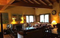Villa de 4 habitaciones a 2 km de la playa. - Belmonte, Llanes (Asturias) Camino de Santiago del Norte Beautiful Villas, 2nd Floor, Luxury Villa, Flooring, Beach, Furniture, Bulgaria, Home Decor, Ideas
