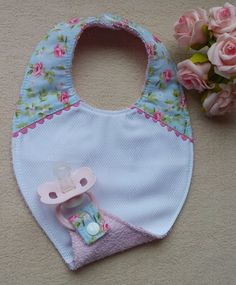 Sewing To Sell, Sewing For Kids, Diy Baby Gifts, Baby Crafts, Baby Co, Baby Kids, Baby Crib Sets, Baby Binky, Baby Bibs Patterns