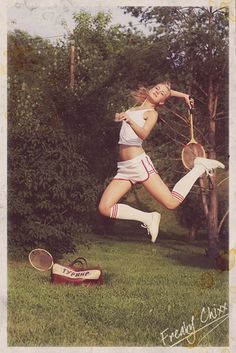 love the shorts, socks, photoshoot ideas Overhead smash a la Sampras Sport Tennis, Play Tennis, Tennis Fashion, Sport Fashion, Lacoste, Athlete Problems, Vive Le Sport, Tennis Photos, The Sporting Life