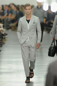 Corneliani Spring/Summer 2013 (Milan Fashion Week Menswear 2012)