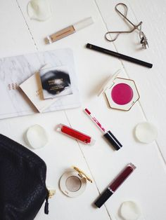5 Things: H&M Beauty Must Have Pieces.