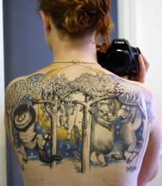 """She must have really been into """"Where The Wild Things Are"""" to get a full upper back tatoo like this. See Tattoo, Tattoo Foto, Book Tattoo, Tatoo Art, Tattoo Pics, Wild Tattoo, Funny Tattoos, Love Tattoos, Beautiful Tattoos"""