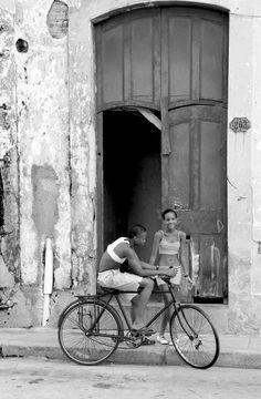 La Habana,Cuba. Como extraño andar por esas calles de la Habana con mi tia. <3