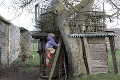 Awesome tree house made out of scrap wood and findings.