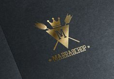 Logo en folia dorada sobre fondo negro restaurant Marrashop
