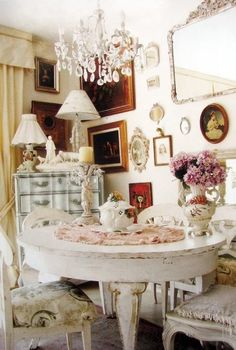Whites and shabby style dining room.