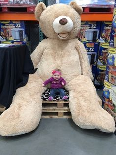 You Can Now Buy 8ft Tall Teddy Bears And No One Can Handle It Want
