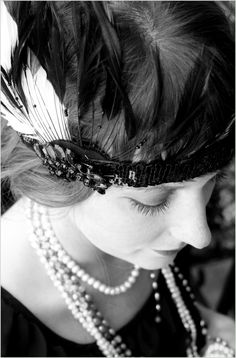 DIY - How to Make a '20s Flapper Headband for Halloween - Root and Vine Blog