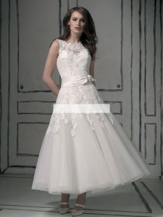 Justin Alexander 8555 Beach Wedding Dresses Bateau Beaded Bow Lace Keyhole  Back Covered Button Ankle . 3db196a12742