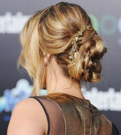 18 Party Perfect Hair Inspirations for New Years Eve - IKnowHair.Com
