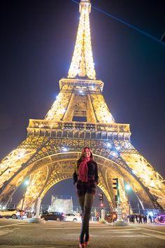 Ensaio de 15 anos em Paris Book 15 Anos, Tower, Travel, Rook, Viajes, Computer Case, Destinations, Traveling, Trips