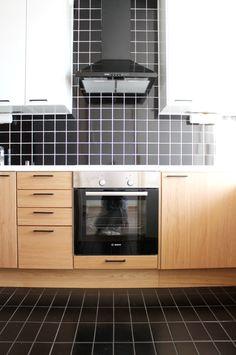 Tunnista talon tyyli ennen remonttia! Kitchen Cabinets, Interior, Home Decor, Decoration Home, Indoor, Room Decor, Cabinets, Interiors, Home Interior Design