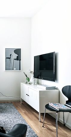<3 Via Planete Deco | Black and White | Arne Jacobsen | IKEA PS