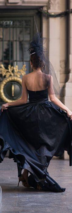elegant night out. Glamour, Masquerade Wedding, Black Tie Affair, Madame, Shades Of Black, Fashion Shoot, Paris Fashion, Night Out, Shopping