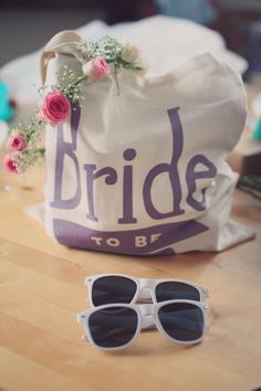 cute 'bride to be' tote