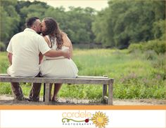 Concord Massachusetts Engagement Photos #minutemannationalpark #engagementphotos old north bridge