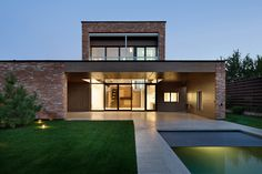 Markhouse / Drozdov & Partners