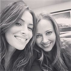 "Sarah & Amy, Shaw & Root. SHOOT forever!  6,807 Likes, 323 Comments - @theonlysarahshahi on Instagram: ""Obligatory selfie  @theamyacker ... you're welcome  long day at @clexacon, but so worth it. Thank…"""
