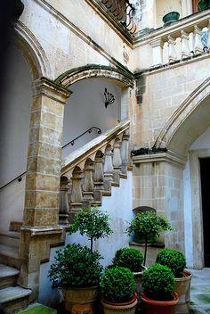 Cortile di un palazzo di Lecce