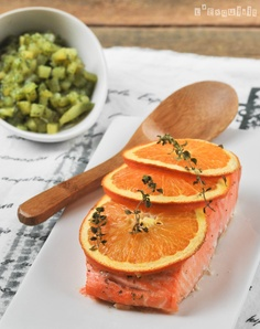 Orange Salmon with potatoes with herbs | L'Exquisit