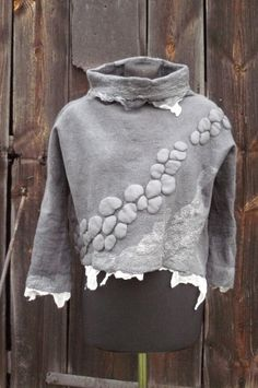 handfelted blouse in gray....by Przystanek Rękodzieło Diana Sencerek