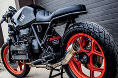 If you are starting your own project (cafe racer,scrambler,brat, tracker) or if you are rebuilding your bike, You are on right place ! Bmw Cafe Racer, Cafe Racer Build, Cafe Racers, Custom Trikes, Custom Bobber, Bmw Motorcycles, Custom Motorcycles, K100 Scrambler, K100 Bmw