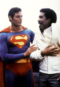 """Christopher Reeve as Superman and Richard Pryor as Gus Gorman in """"Superman III"""" First Superman, Superman Movies, Superman Family, Dc Movies, Batman Vs Superman, Original Superman, Superhero Movies, Olivia De Havilland, Christopher Reeve Superman"""