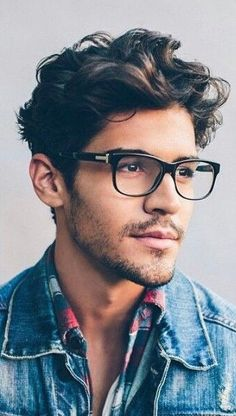 Getting fluffy and bouncy hair is every man's dream which can be easily attained. Here are 30 easy yet effective hair care tips for men. Wavy Hair Tips, Wavy Hair Men, Thick Curly Hair, Hair Care Tips, Thick Hair Men, Mens Hair Medium, Long Curly, Mens Haircuts Wavy Hair, Short Hairstyles For Thick Hair