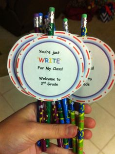 Just a simple gift to the kids on the first day of school :)