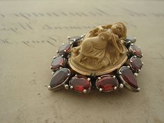 Order Collection - Brooch - 049-2