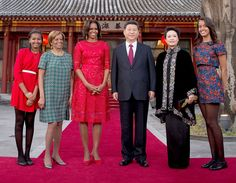 malia & sasha obama | Malia Obama, Sasha Obama Look All Grown Up During China Trip With ...