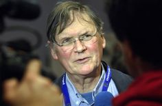 Nobel Laureate Resigns Post After Comments on Female Scientists Tim Hunt, who stepped down as a professor at University College London, said women should be segregated in labs because they cried when criticized and were a romantic distraction.