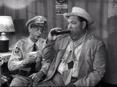 Barney and Otis Great Tv Shows, Old Tv Shows, Barney Fife, Don Knotts, Tv Icon, The Andy Griffith Show, Old Time Radio, Classic Tv, Interesting Faces