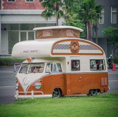 Retro VW Camper
