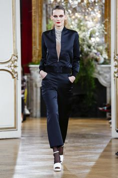 A true ode to the '60s and French chic – Vanessa Seward tapped into sophisticated women's suiting, impeccably tailored daywear and cocktail outfits. Her stand-out outfits? All the...