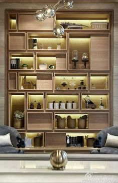 11 Splendid DIY Display Cases Design to Make A Cozy Room However, exactly how are you going to show honor medals, trophies, and even pins? Here are some DIY display cases that you could use. Living Room Display Cabinet, Regal Display, Diy Casa, Shelf Design, Storage Design, Display Design, Home Interior Design, Furniture Design, Book Storage
