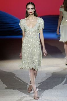 Valentino Spring 2006 Couture Fashion Show Collection