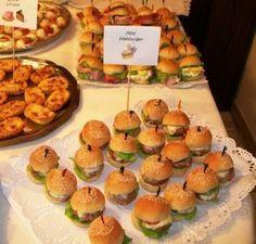 Party Food Buffet, Food Menu, Sandwich Buffet, Party Sandwiches, Birthday Brunch, Salty Cake, Brunch Menu, Food Platters, Football Food