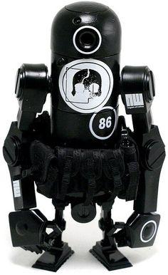 """Night Watch"" | World War Robot Portable (WWRP) Series | Artist: Ashley Wood"